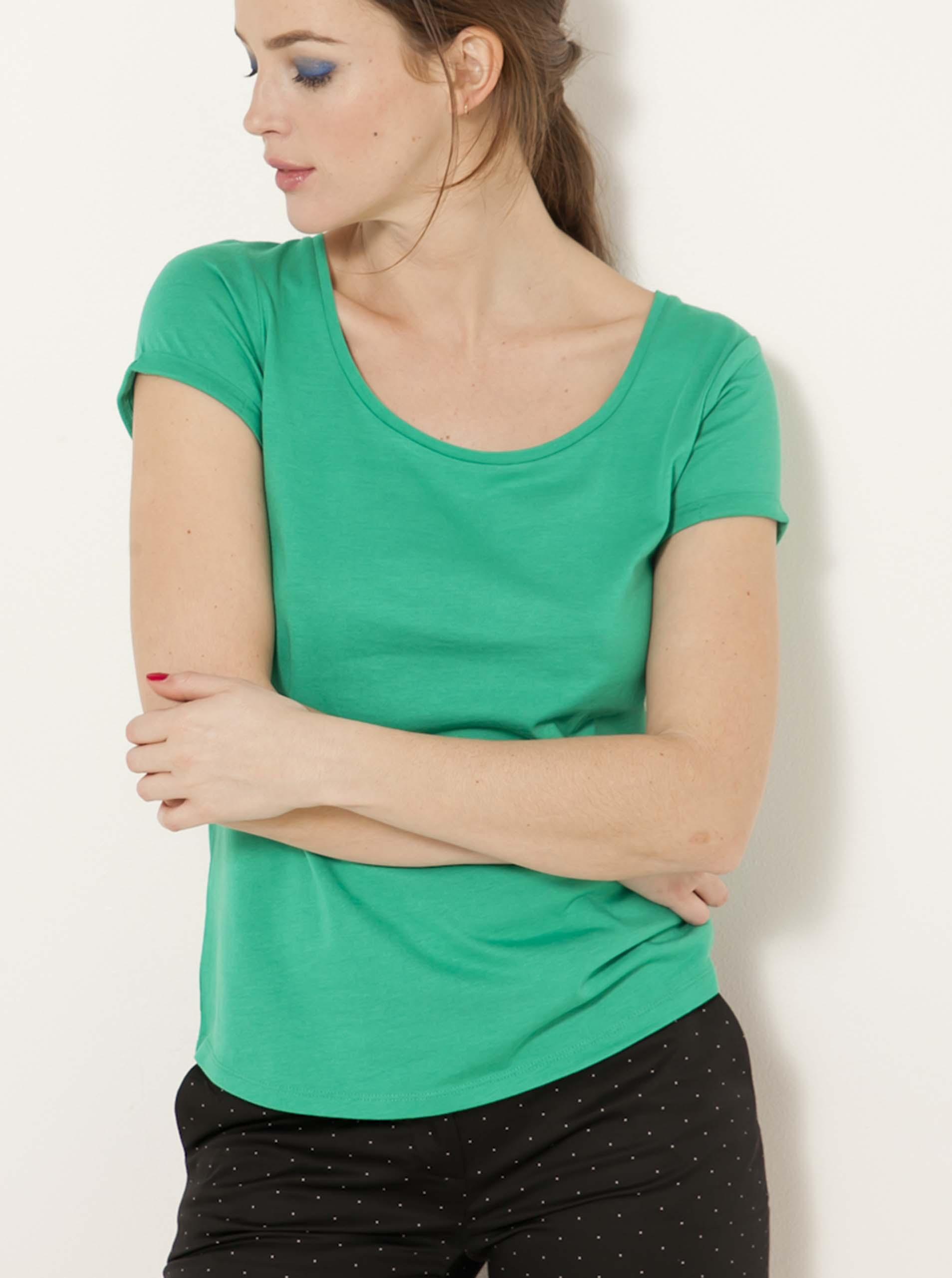 Topuri si tricouri pentru femei CAMAIEU - verde