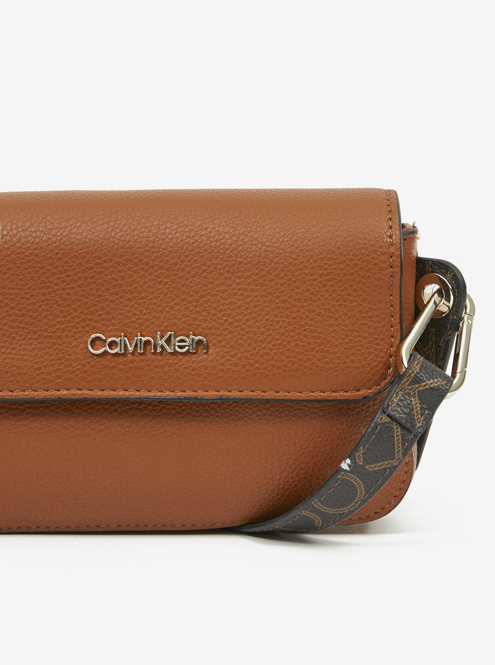 Calvin Klein maronii crossbody geanta