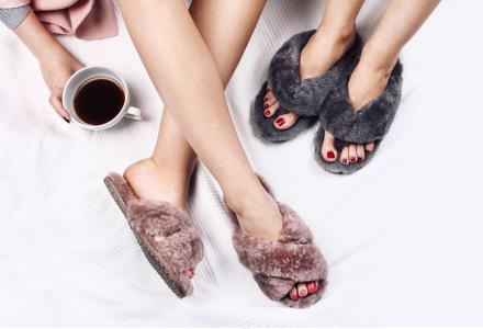 Emu papuci cu blanita - o tendință careia nu ii puteți rezista.