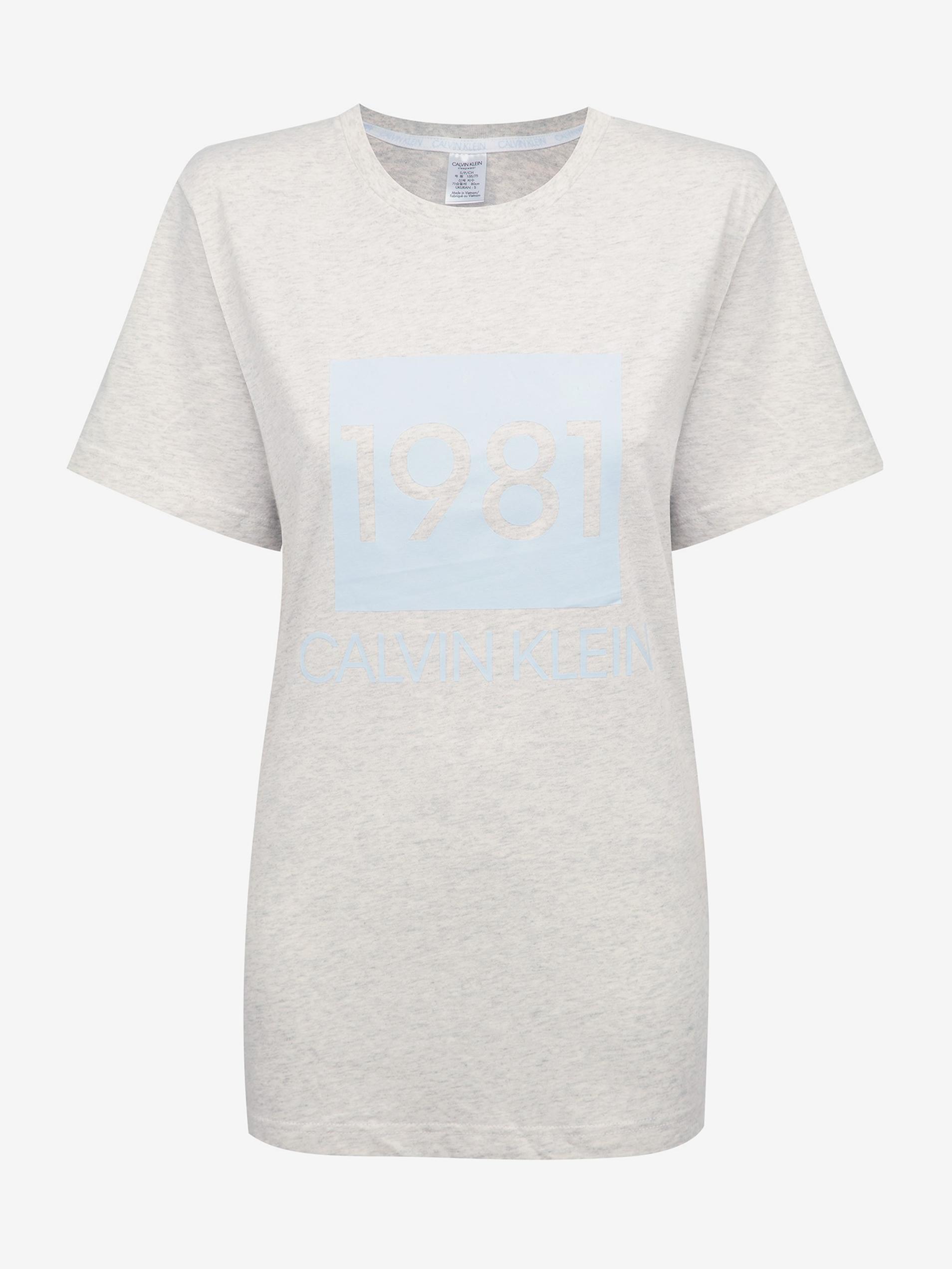 Calvin Klein tricou gri de dama S/S Crew Neck cu logo 1981
