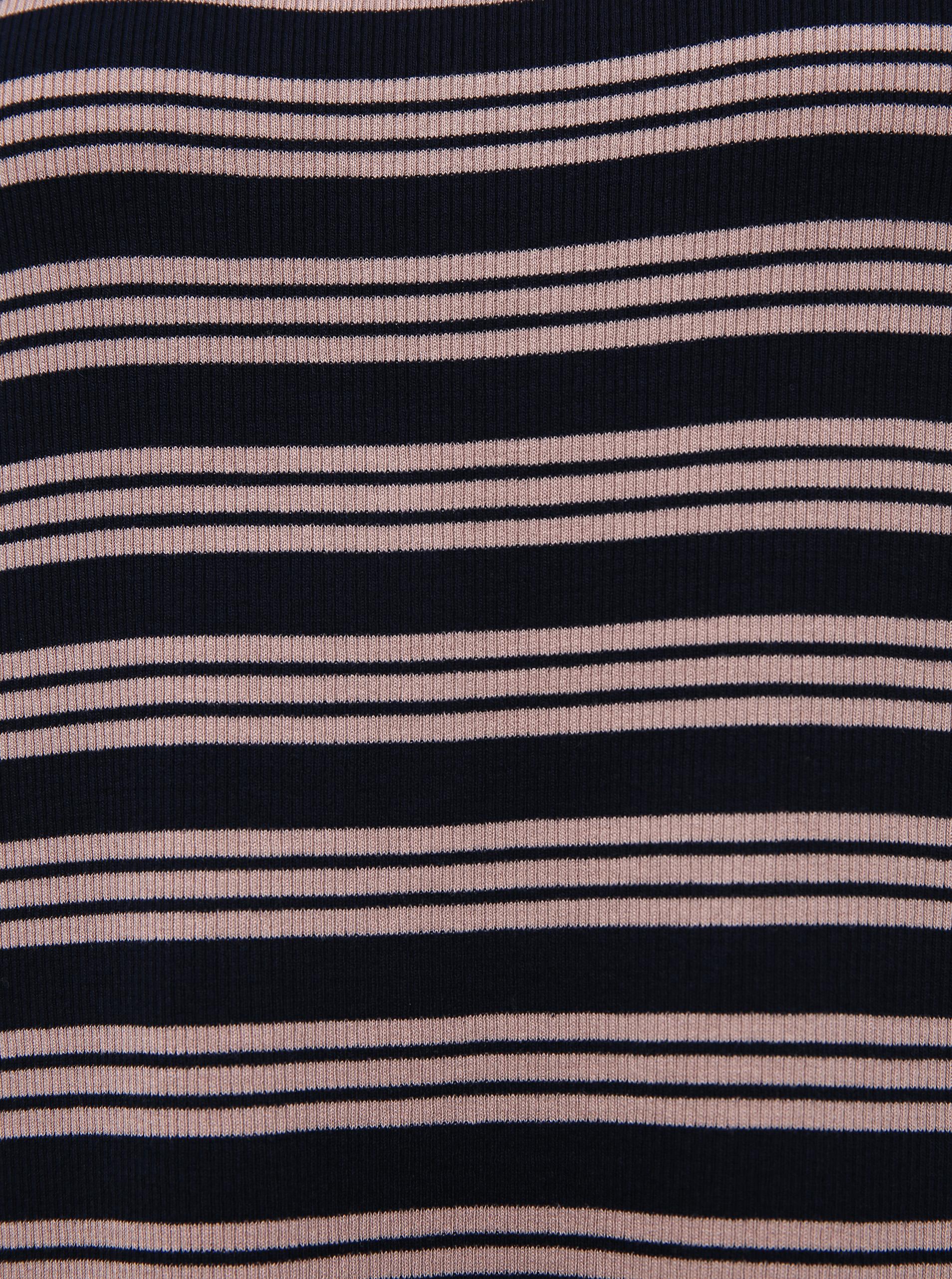 Tricou cu dungi albastru închis de Jacqueline de Yong Camina