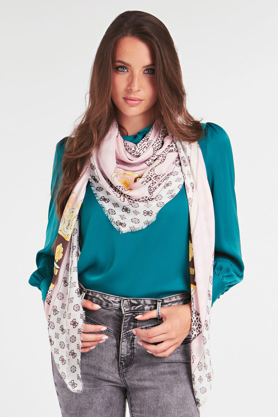 Guess pudrate esarfa South Bay 4G Logo Scarf