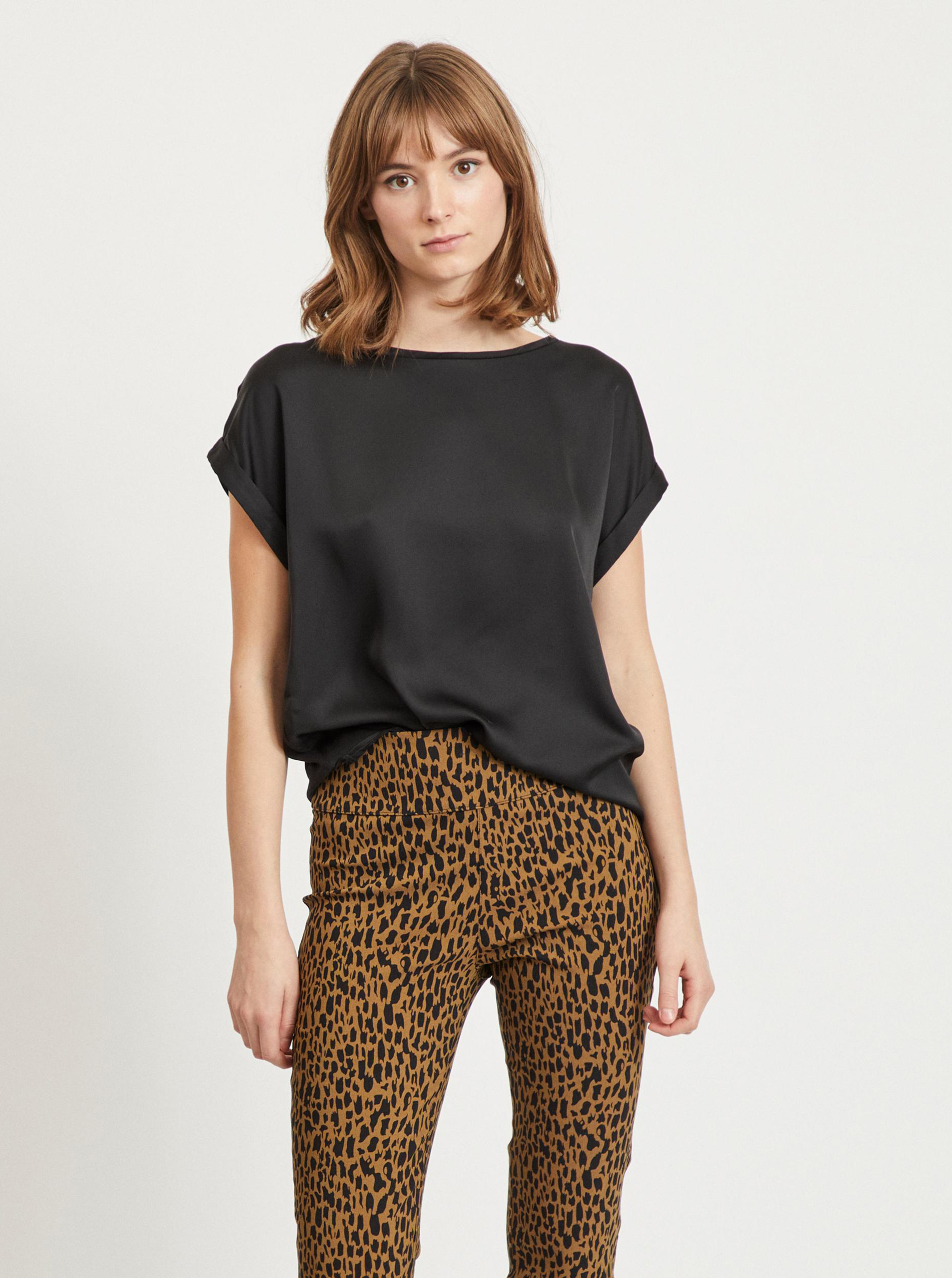 Vila negre bluză